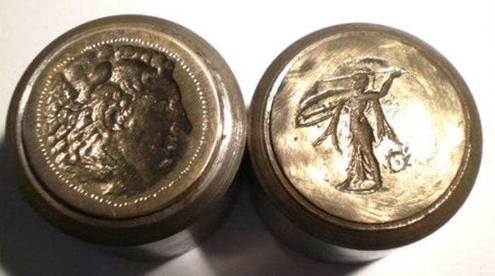 Syracuse Pyrrhos Roma numismatics IV-1121 fake dies ebay.jpg